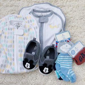GAP Baby Disney Mickey Crib Shoes Socks Bundle0-18